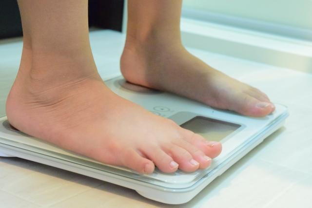 カロリー制限と運動を5か月行い、8kg痩せた私の方法