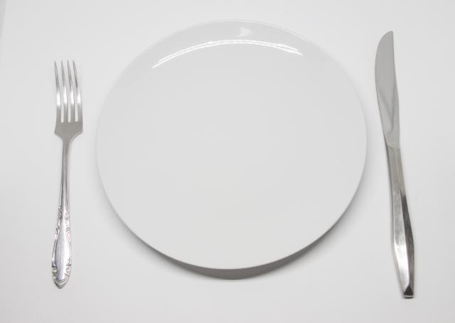 毎日16時間の断食を1か月行ない5kgの減量に成功した方法