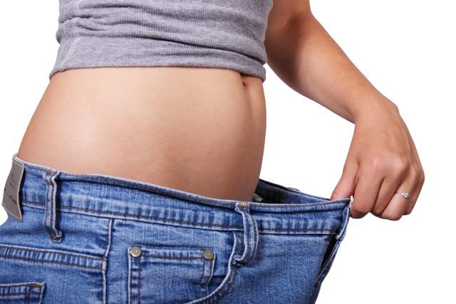 ファスティングダイエットと酵素ドリンクで8キロ痩せた方法とは